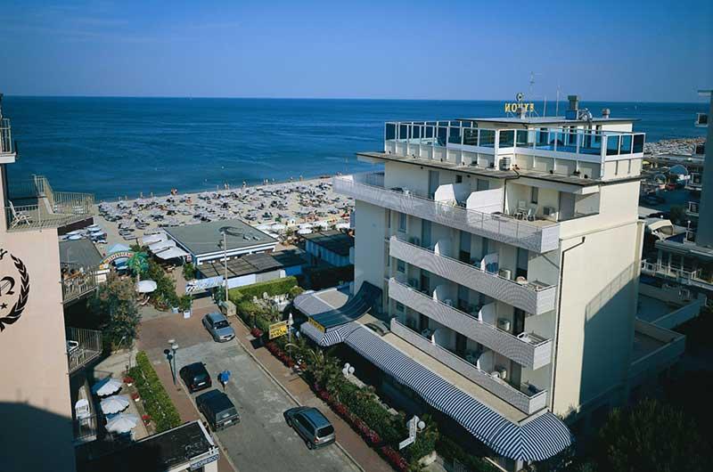 HOTEL-BYRON