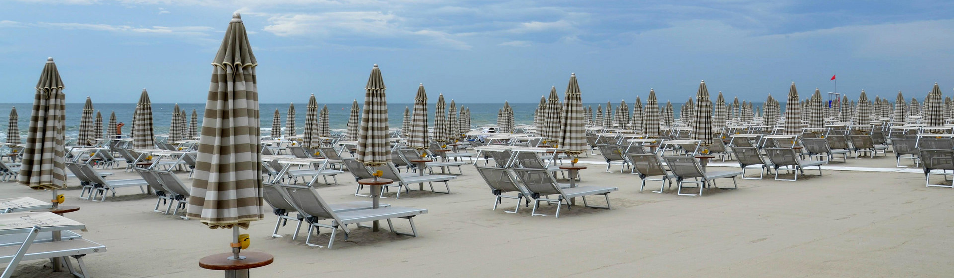 spiaggia-ombrelloni
